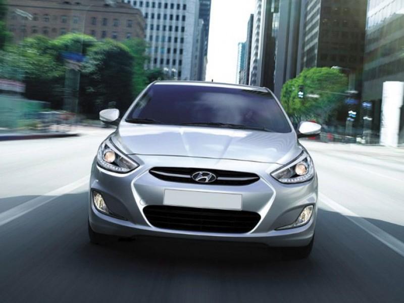 Hyundai - Accent Blue